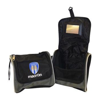 Wash Bag                       Col U / Macron