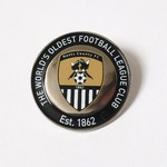 ESTABLISHED 1862 ROUND LAPEL   WORLDS OLDEST LEAGUE CLUB