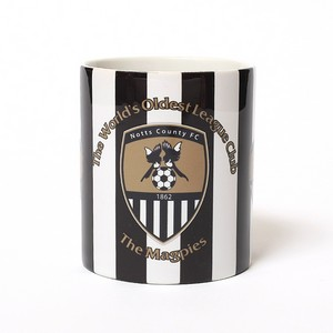 WORLDS OLDEST MUG              THE MAGPIES
