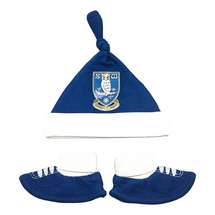 Crest Hat and Booties Set